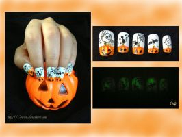 Halloween Nail Art by Coercri