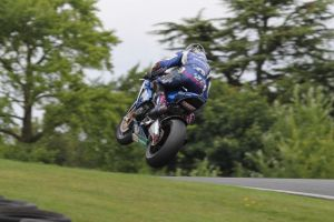 Alex Lowes by RobWhylesPhotography