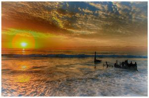Dickies Beach 182 HDR by jaydoncabe