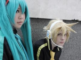 Len and Miku Eager Love Revenge! by TheKeiMan