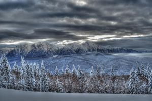 Over the mountains by ciprinel