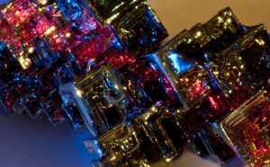 Bismuth by EllerPhotos