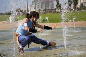 Korra - Water bend by CrystalPanda