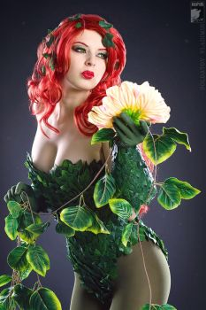 Poison Ivy by Rei-Doll
