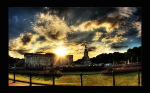 Buckingham Palace by Elvazur