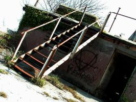 Stairs 1 HDR by underitall