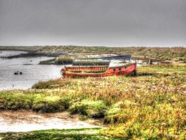 Old boats at Orford by ancoben