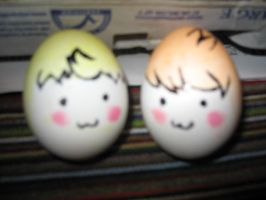 Lucas and Claus eggs by Piticus