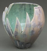 cavern vase by cl2007