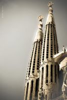 LA SAGRADA FAMILIA II by fenomenologul