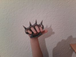 Knuckle Papercrft by Adisko