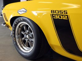 yellow 1969 Mustang BOSS 302 by Partywave