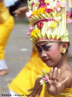 Balinese Dancer by Hendrugs46