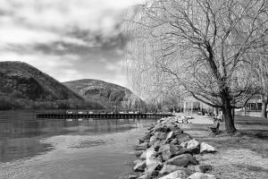 Cold Spring Water Front by jnati