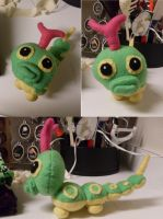 Caterpie by Sarah-Strazberry
