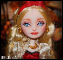 Ever After High - Apple White Repaint by Ephedrenaline