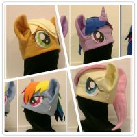 Pony hats by OnJedone