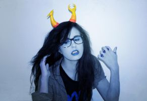 Vriska Serket Cosplay : Hairflip by Khainsaw