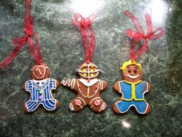 Gingerbread Ornaments by oo0shed0oo