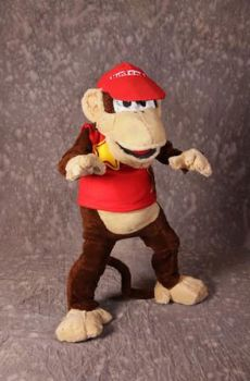 Diddy Kong Full Body by MonkeyHeartless