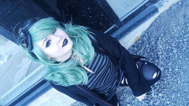 Mint hair, black lips... by LilithAnael