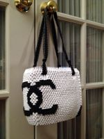 3D Origami: Chanel Purse by sabrinayen