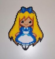 Alice in wonderland - Perler by AngelLale87