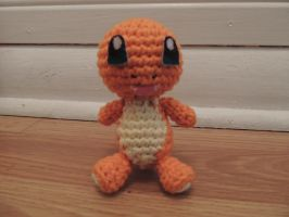 #004 Crochet Charmander by Jjaystar94