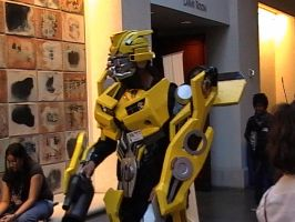 Kawaii Kon - Cosplay Bumblebee by Straws-of-Death