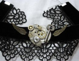 Silver Key'd choker by Gothic-Enchantress
