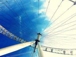 London Eye by DshaLie