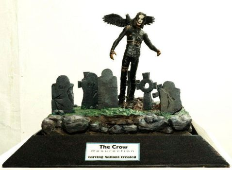 Diorama The Crow by carvingnations