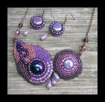 Clara - bead embroidered jewelry set by Desider