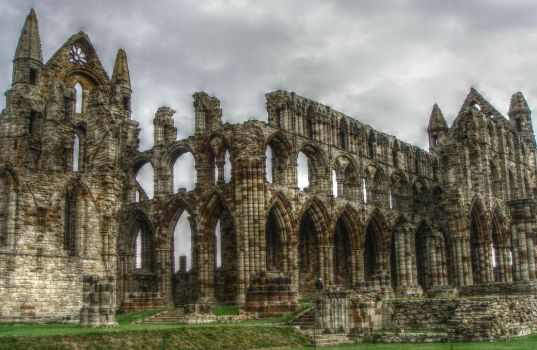 Whitby Abbey by Estruda