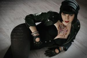 Suicide Girl by Dejavue-Pictures