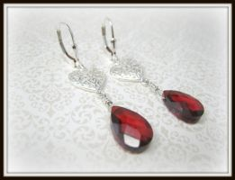 Garnet Red Zirconia Heart Ster by albitas