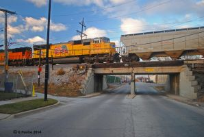 BNSF-UP 59th Ave 0069 12-6-14 by eyepilot13