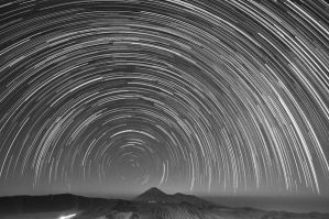 Bromo Star Trail by ucilito