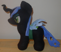 Chibi Queen Chrysalis Plush by Romaji