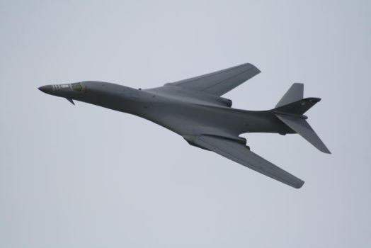 Rockwell B-1B Fast Flyby by Metalstorm-Tech