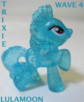 gaze upon the Glittery an Powerful Trixie Lulamoon by coonk9