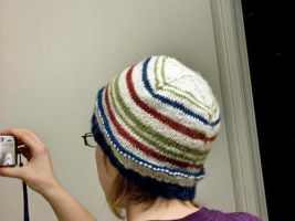 Scrap-yarn Striped Hat by riizu