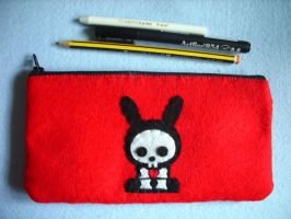 handmade felt pencil-case by OkashiBurochi