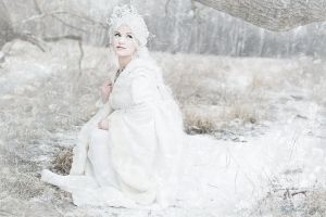 Snowqueen: In my icy Kindom by May--Li