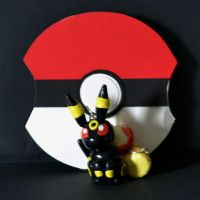 Umbreon Necklace and Pokeball by Loreleiwave