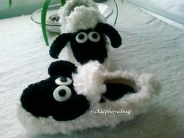 Shaun the Sheep Slippers by Ficklephonebug
