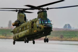 Chinook by JoostvanD