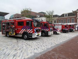 fire engine line up by damenster