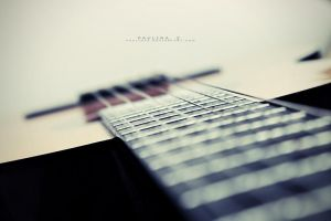 my guitar by Paulinaz