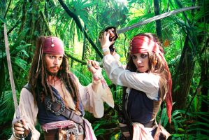 Elo and Jack Sparrow fight by elodie50a